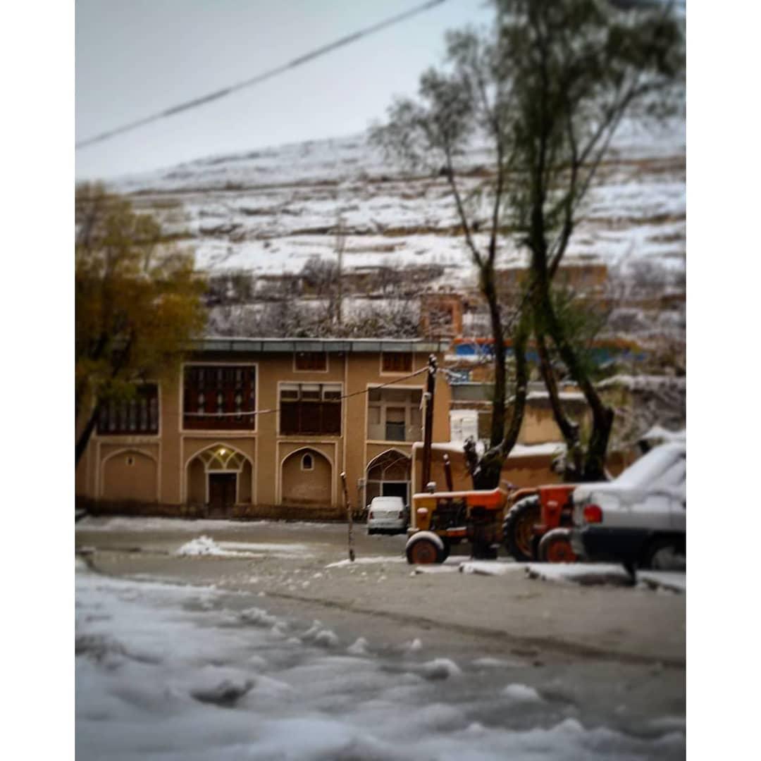 روستای وفس در حصاری از کوه های بلند، سفری به کمیجان در استان مرکزی